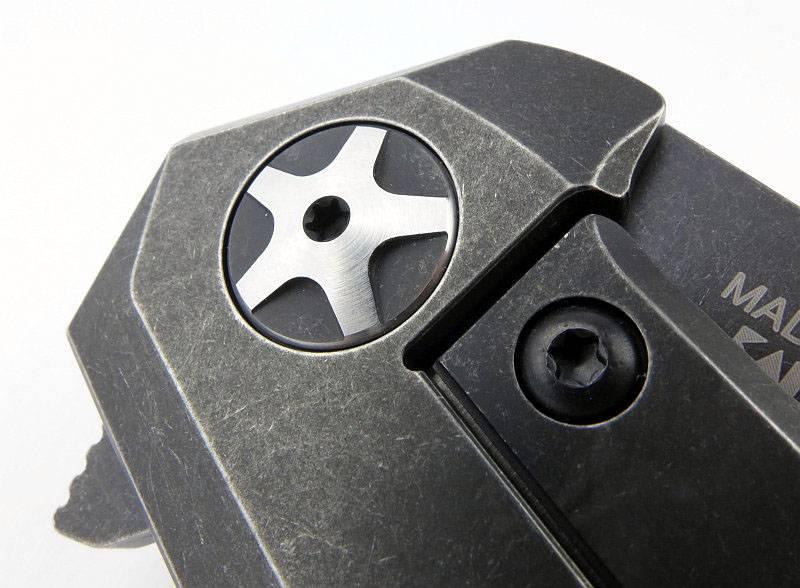 photo 05 ZT 0095BW pivot bolt P1180361.jpg