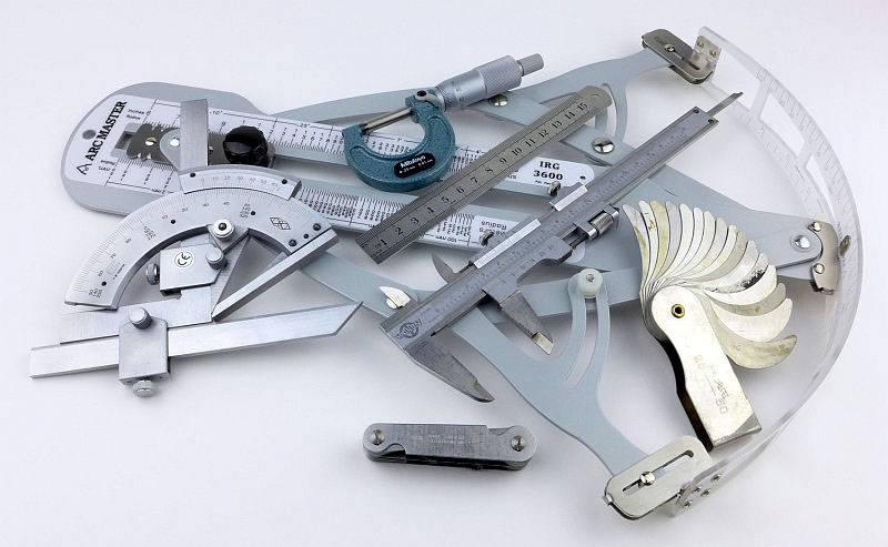 photo Knife measuring P1180483.jpg