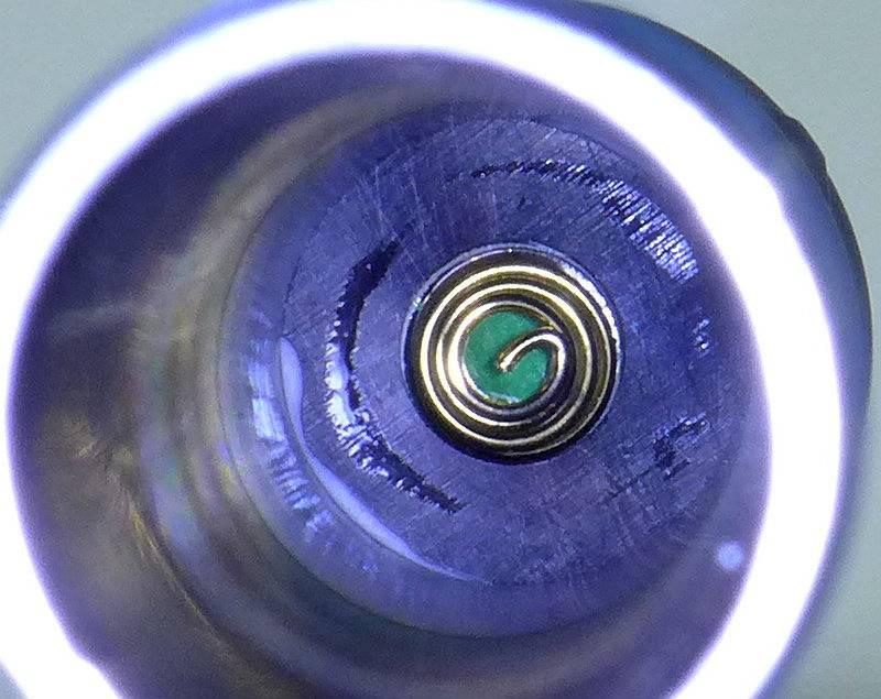 photo 15 Olight S2A head contact P1220510.jpg