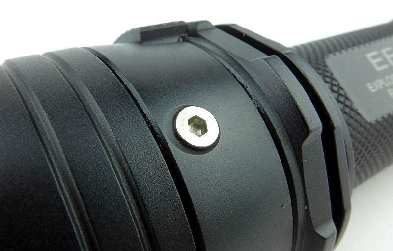 photo 09 EF1 screw P1200207.jpg