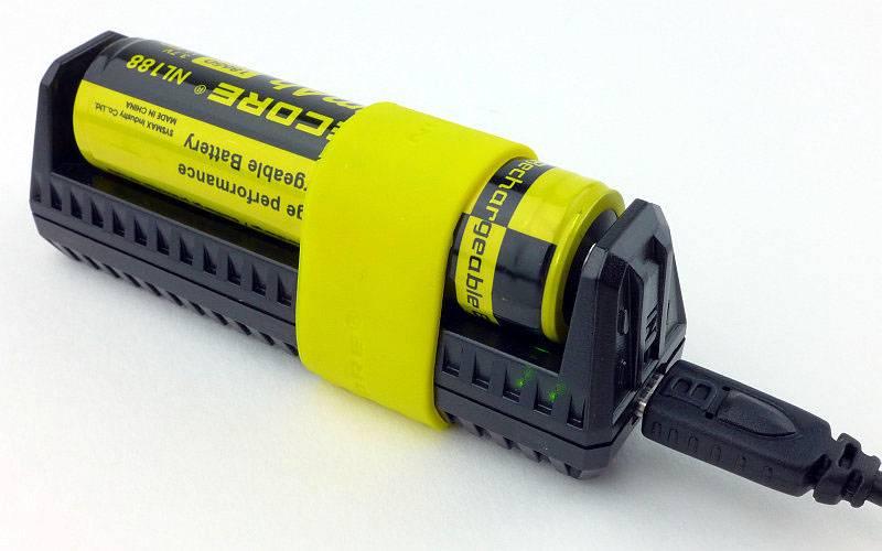 photo 10 F1 charging P1200169.jpg