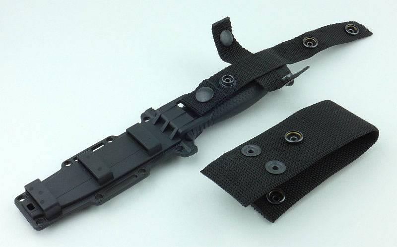 photo 07 Strongarm hanger parts assemble P1190449.jpg